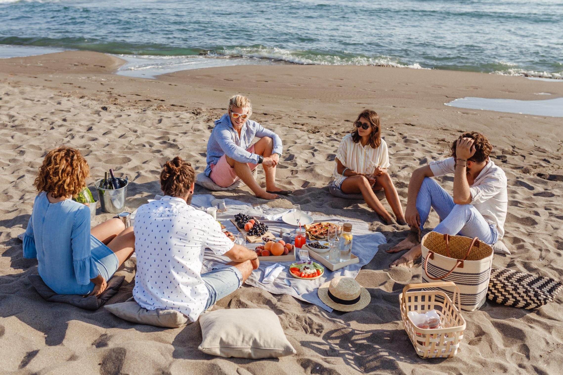 2020 Culinary_Picnic on the beach